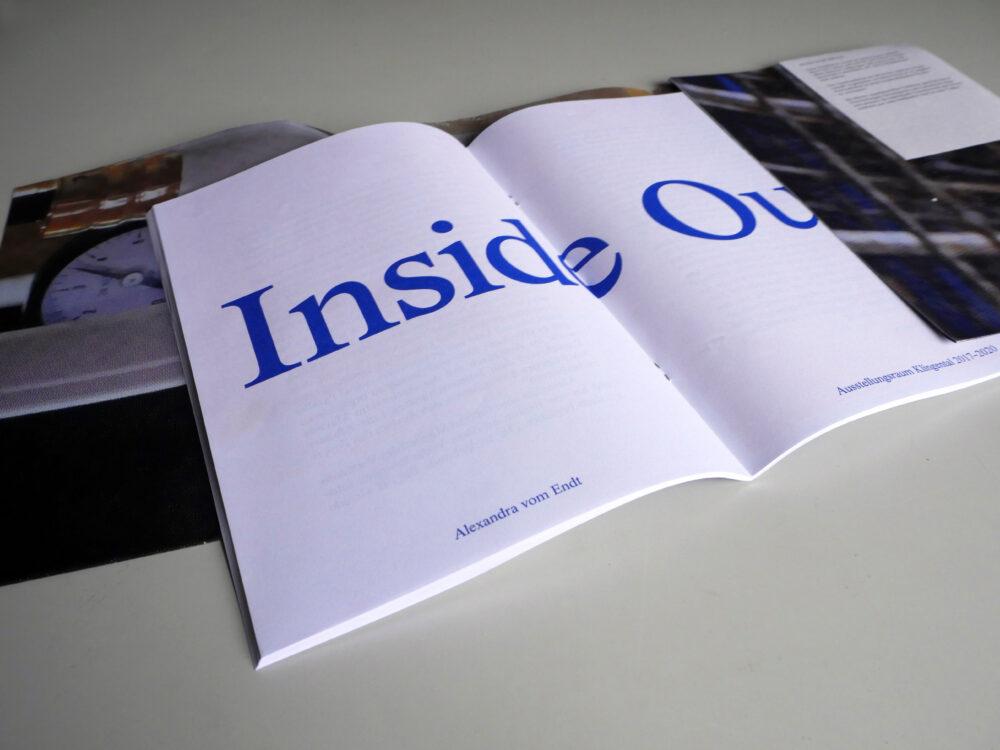 Inside out, Broschüre