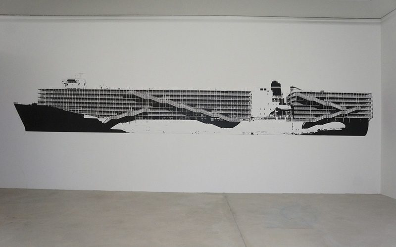 Livestock carrier  2012 Papier schwarz und weiss Paper cut 700 x 114 x 3 cm