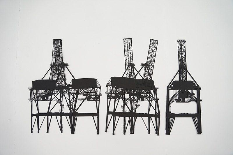 Cranes  2012 Papier schwarz Paper cut 140 x 75 cm