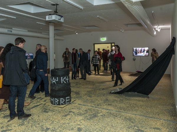 Eroeffnungsausstellung von Ayten Mutlu Saray im Salon Mondial, November 2014