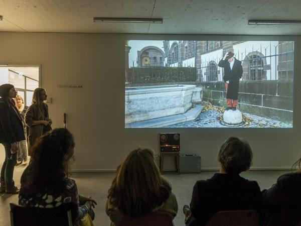 Im Atelier des Austauschkuenstlers Dan Popa von Montréal, November 2014