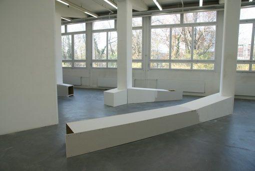 Drehmomente, 2012, Rauminstallation aus Holz, Gipsplatten, Dispersion, Kunsthaus Baselland, Muttenz