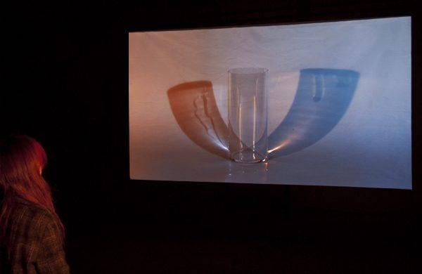 Vorläufig erfinde ich die Gegenwart, Video-Audio-Installation für zwei F1220, 2011, Zusammenarbeit mit Hans Peter Gutjahr