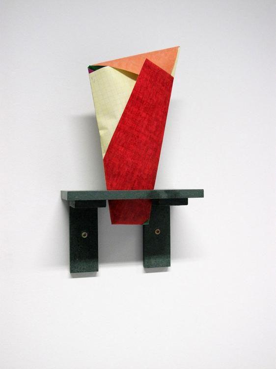 Dispositiv I (Paper Cones), 2015, Papier, MDF, Mandeln