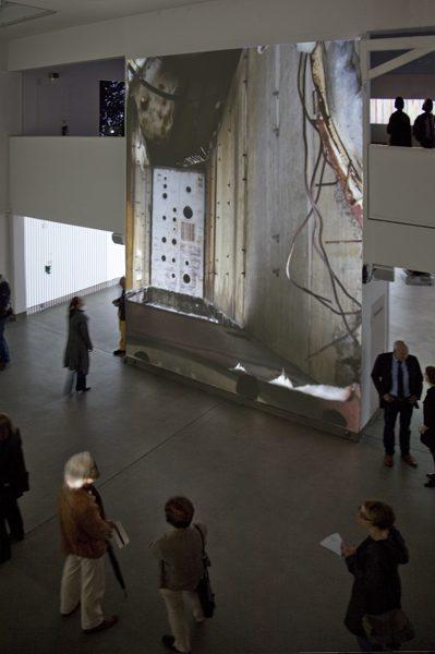 """Ausstellungsansicht moving surface, 2012, mit o.T. [in transition] (Video 17'41"""")"""