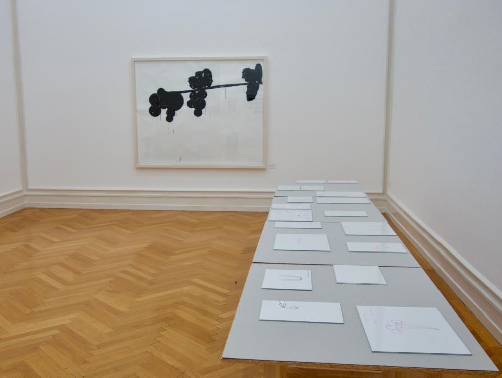 Ast, 2015, 144 cm x 181 cm, Marker auf Papier / Tische 2015, 2015, Formate A4 und A3, Marker auf Papier