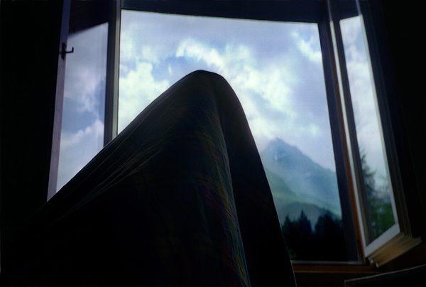 Mountaining in Bed, Fotoperformance 5 Grossdiapositive in Leuchtkästen 63x90x9cm
