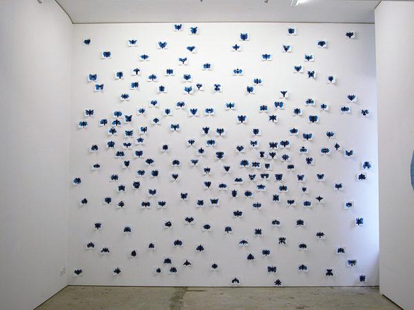 Invasion of Butterflies, Installation, Wasserfarbe auf Papier, Grösse je nach Raumsituation variabel
