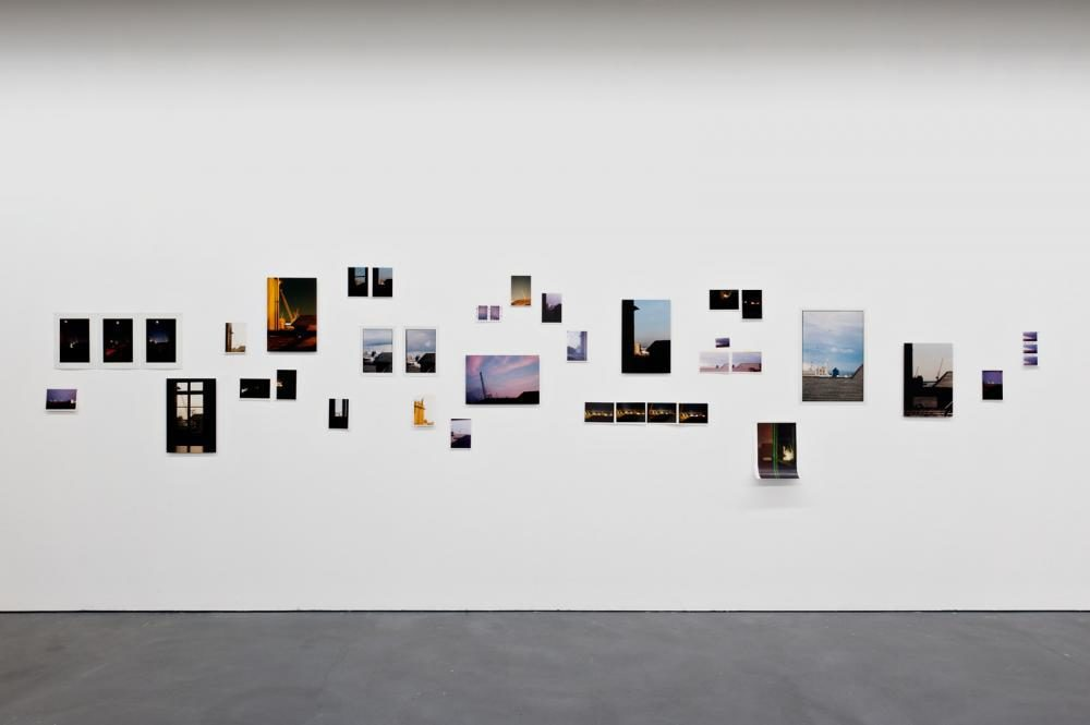 il mare, 2011, Fotografie. Kunsthaus Baselland \'meubler la solitude\', 2011 (Foto: Viktor Kolibal)