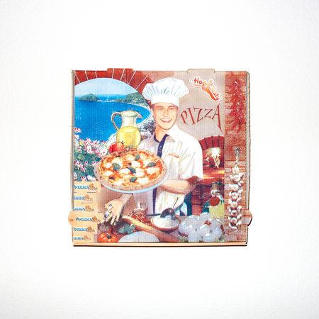 PizzaYolo - 2018 - Pizzabox — 32 x 32cm