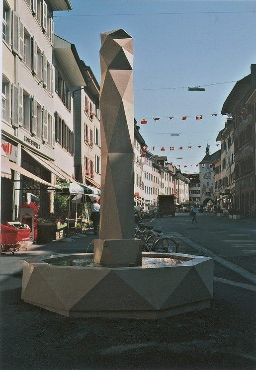 Stalaktit Stadtbrunnen 1989, Kalkstein, Rathausstrasse Liestal
